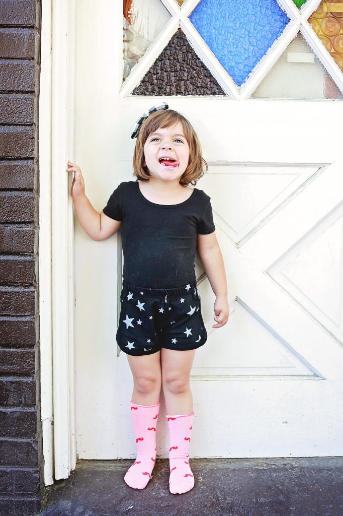 Funky Legs for Hip Littles #lookieboo